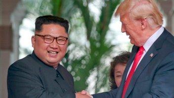 Trump elogió a Kim Jong-un a tres días de la cumbre en Vietnam