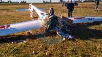 Una piloto sufrió múltiples lesiones al estrellarse en un planeador