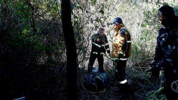 Hallaron el cuerpo de un hombre que habría caído desde una barranca de 20 metros