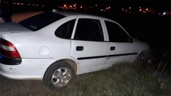 Alcoholizado, despistó y le retuvieron el auto