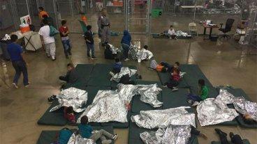 Fuerte repudio a Trump por separar familias inmigrantes y poner niños en jaulas