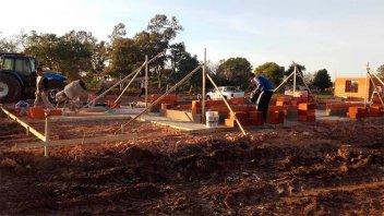 Primero Tu Casa: Construyen las primeras 16 viviendas con fondos provinciales