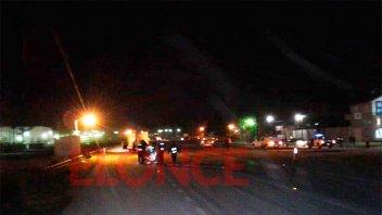 Un joven falleció tras fuerte choque entre una moto y una camioneta