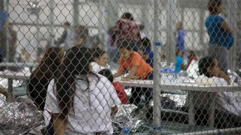 Fotos y videos: Las jaulas donde el gobierno de Trump encierra niños refugiados