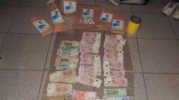 Detuvieron a dos personas y secuestraron dinero y droga fraccionada