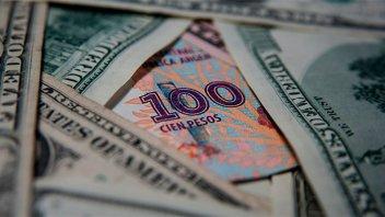 El gobierno vuelve a financiarse con pesos y dólares de Anses y el Banco Nación