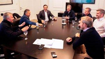 Gobernadores radicales, a la mesa chica de la Casa Rosada