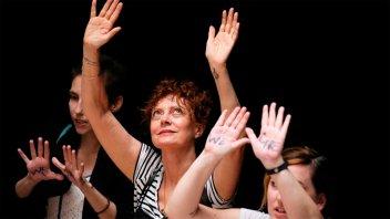 Arrestaron a la actriz Susan Sarandon en una protesta contra Trump