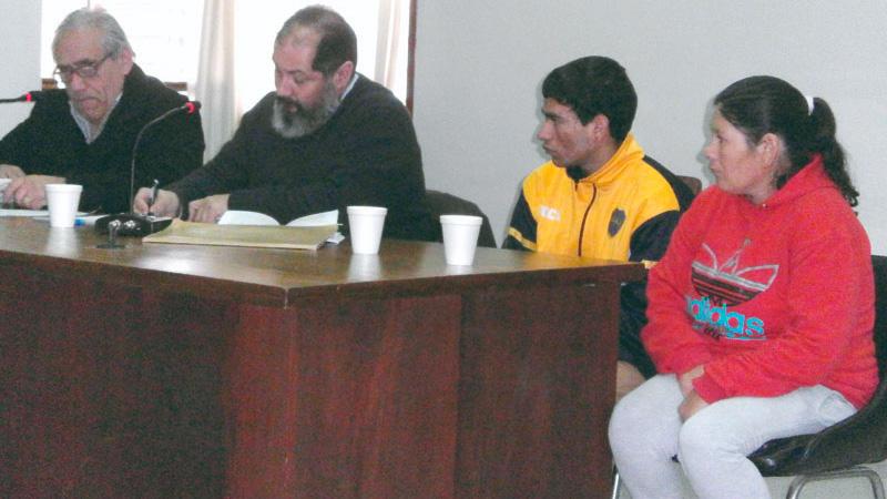 Piden por el arresto domiciliario madre e hijo presos por venta de droga
