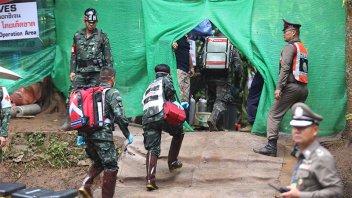 Tailandia: Así es el operativo para rescatar a los chicos atrapados en la cueva