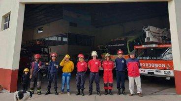 Videos: Toque de sirenas de Bomberos Voluntarios por recortes presupuestarios