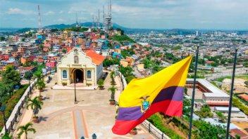A partir de septiembre, Ecuador exigirá un seguro médico a los turistas