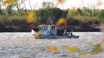 Naufragio en el Paraná: Retoman la búsqueda de los cuatro desaparecidos
