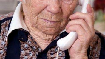 Tras el rastro de los estafadores de jubilados: Una mujer transfirió $90.000