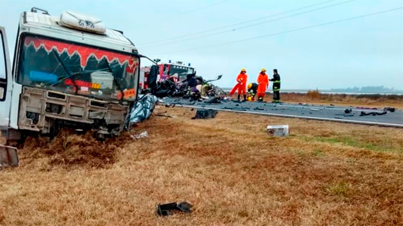 Son cinco los fallecidos tras violento accidente frontal en la Ruta 8