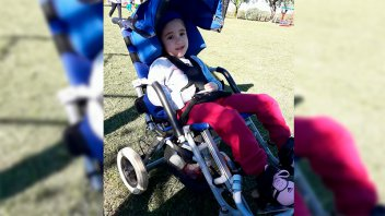 Iniciaron movida solidaria para costear tratamiento de niña con rara enfermedad