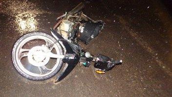 Hospitalizaron a jóvenes que protagonizaron accidente en una moto robada