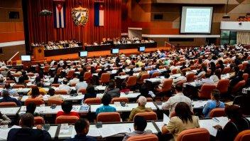 Cuba elimina la palabra