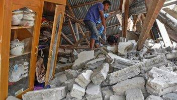 Sismos en Indonesia dejaron al menos 10 muertos