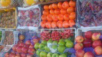 Los consumidores abonaron 426% más de lo que percibe el productor en chacra