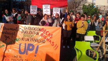 Gobierno convocó para el próximo lunes a sindicatos de docentes universitarios