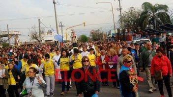 Con misas y procesión por el barrio, se celebra el Día de San Cayetano