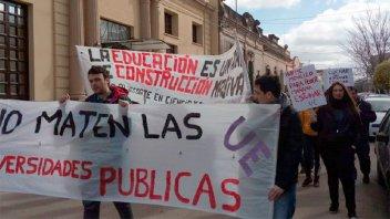 Universitarios de Gualeguaychú exigieron las partidas presupuestarias de Nación