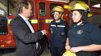 Bomberos Voluntarios de la provincia recibieron nuevas herramientas