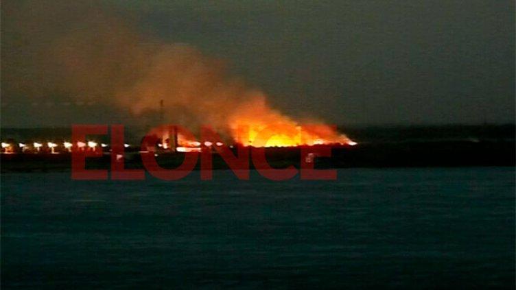 Incendio en campo: