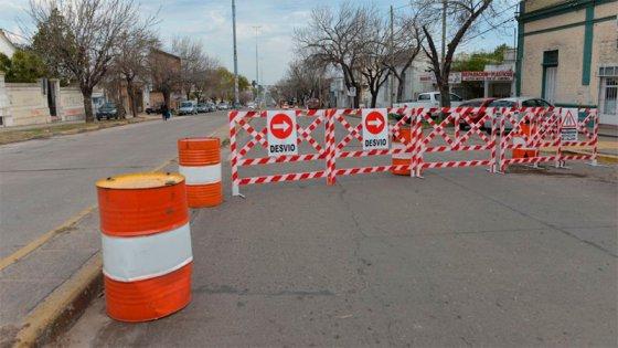 Tres líneas de colectivos cambian sus recorridos por obras en avenida Ramírez