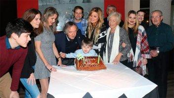 Carlitos Balá cumplió años y reveló el secreto para llegar a 93 con vitalidad