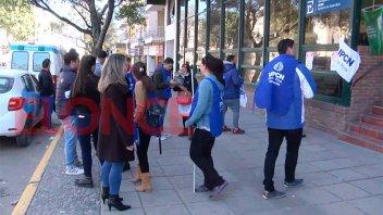 En vez de paros, empleados de Salud juntan firmas para apoyar sus reclamos