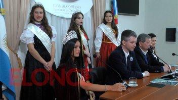 Presentaron en Paraná, la Fiesta Provincial del Inmigrante de Concordia
