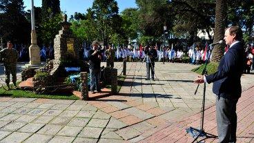 Bordet instó a superar antinomias y tener claros los valores de San Martín
