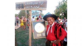 Falleció reconocido músico entrerriano al caer desplomado sobre el escenario