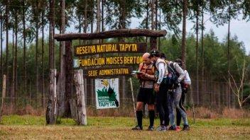 Guardaparques murió y otro resultó herido tras enfrentarse a cazadores furtivos