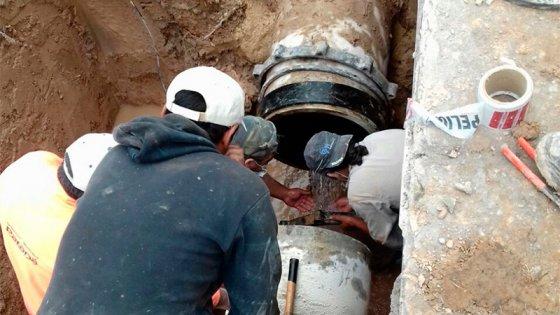 Repararán este martes uno de los caños más grandes de la red de agua potable