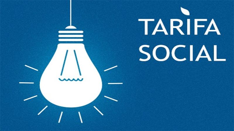 Suspenden traspaso a provincias de la tarifa social de electricidad