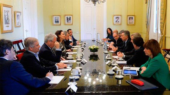 Macri gira por decreto $ 4.125 millones del fondo sojero para las provincias