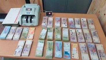 Un entrerriano quedó demorado con más de $ 700 mil en efectivo y cheques