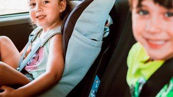 Niños fallecidos en accidentes: Cómo deben viajar en auto para ir seguros
