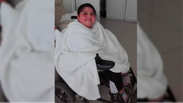 Con la esperanza de vivir mejor, niño con rara enfermedad debe tratarse en EEUU