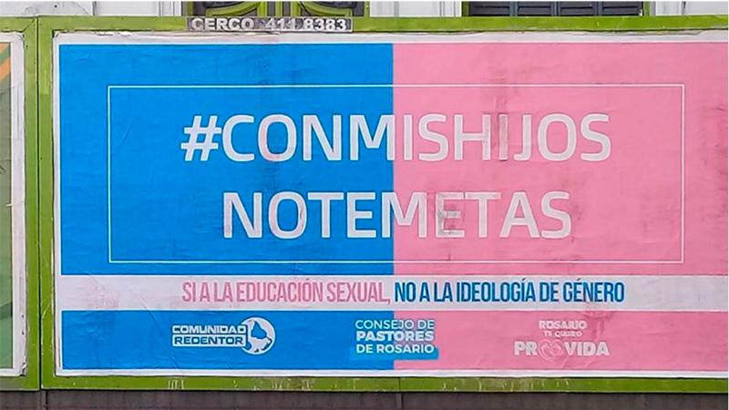 Este es el cartel que se vio en Rosario y Córdoba Capital.