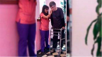 Una lucha incansable: Se recupera el hombre que contrajo botulismo en 2015