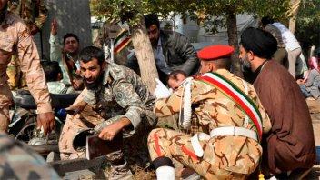 Impactante video del atentado contra el desfile militar en Irán