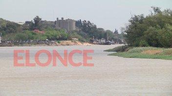 El río creció 65 centímetros en una semana y seguiría subiendo