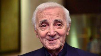 Murió Charles Aznavour, uno de los máximos exponentes de la canción