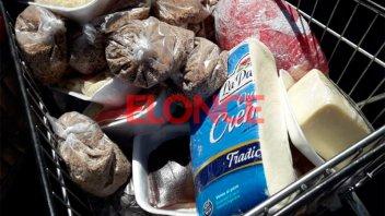 Lácteos, enlatados, pastas y más: Los productos vencidos en un supermercado