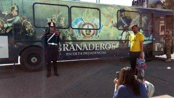 Llegó a Paraná el museo móvil que cuenta la vida y obra del General San Martín