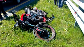 Aspirante a prefecto se durmió en su moto y sufrió grave accidente en Ruta 14